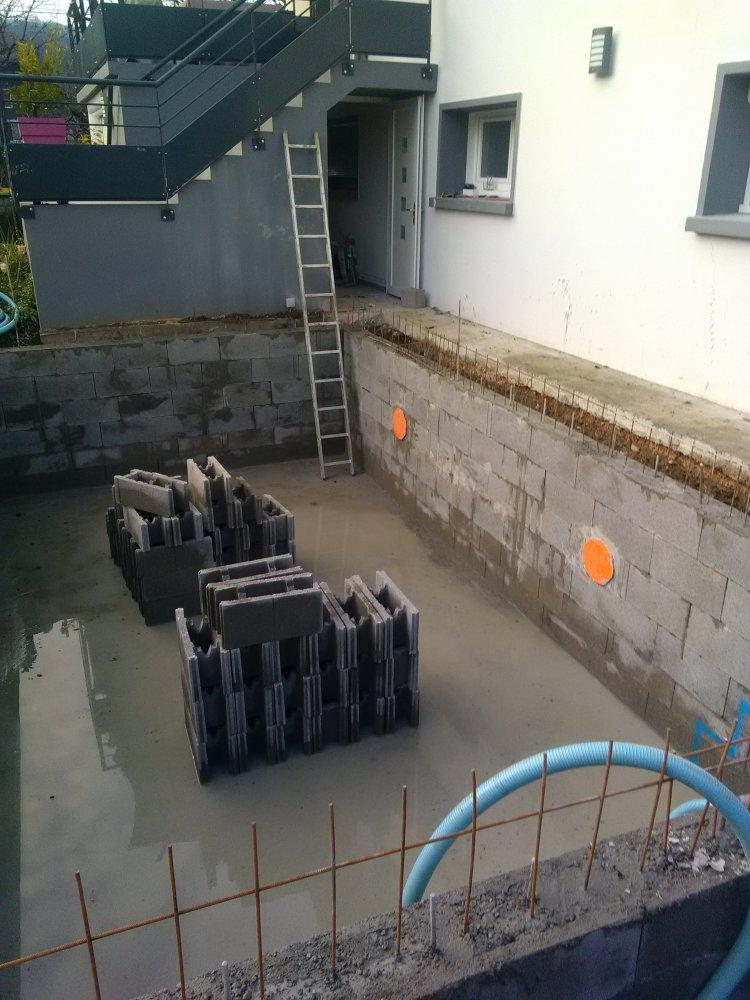 Construction d'une piscine avec des agglos bancher àBissy Chambéry