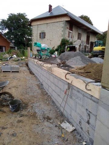 Entreprise spécialisée dans la construction de mur de support pour terre agglo Saint-Félix